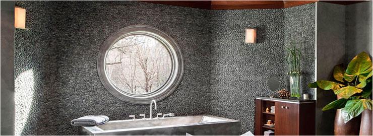 круглое глухое окно в ванной